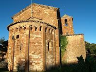 Església de pedra vermella de Sant Martí del Brull
