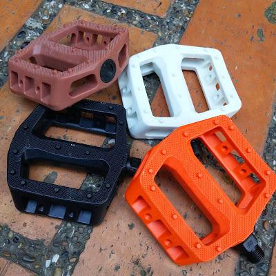 pedales CULT plastic $40.000