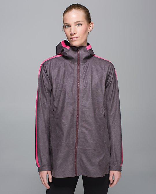 lululemon-drizz-jacket