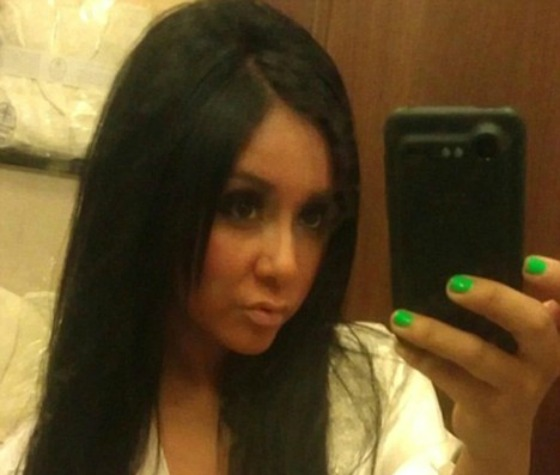 Jersey Shore Star Nicole Snooki Polizzi Is The Latest Celebrity To Have Her Naked Photos Leaked Online