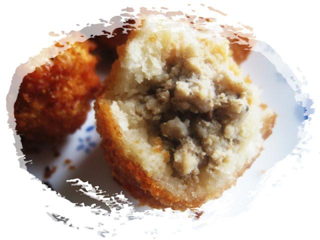 Stuffed-Bread-Roll