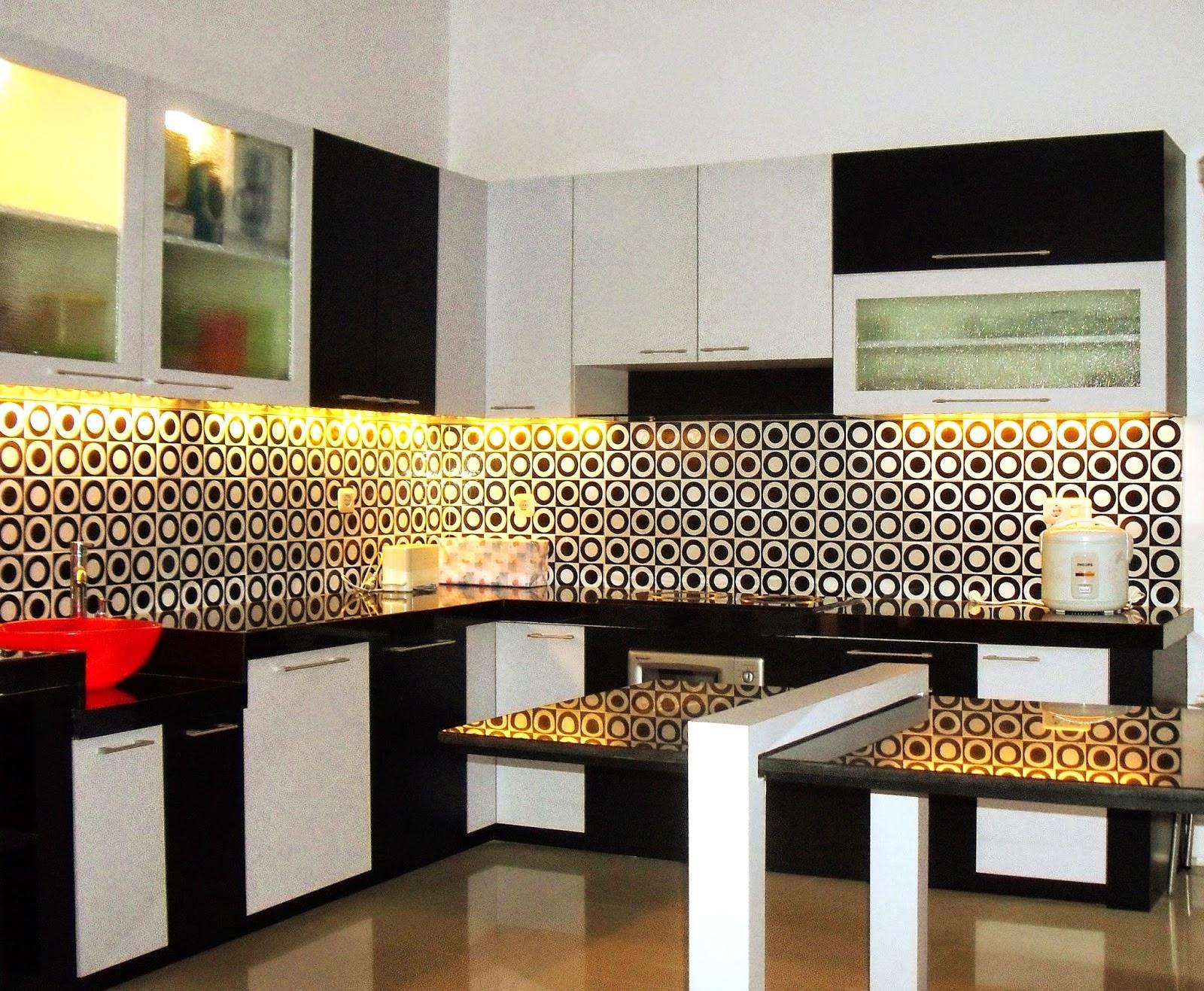 2014 Jual Kitchen Set Dan Wallpaper Dinding 081280435671