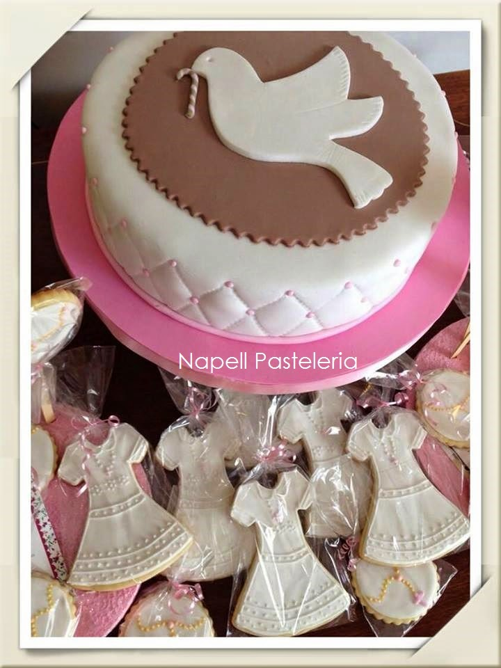 tortas de comunion con palomas