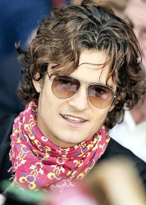 http://4.bp.blogspot.com/-FQehRb2MpIw/TdhDbxg6pwI/AAAAAAAAEDw/s5XnblsrL-I/s1600/orlando_bloom-hairstyles%2B%252814%2529.jpg