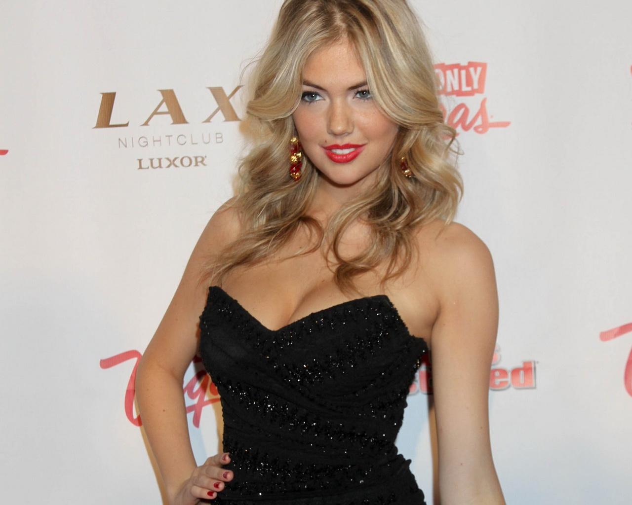 http://4.bp.blogspot.com/-FQiyHvKlIBI/T4rxsW_4mRI/AAAAAAAAGhs/-86hwrK19YU/s1600/Kate+Upton+2+FB.jpg
