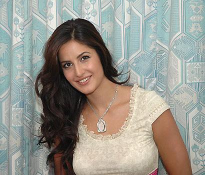 Katrina Kaif Wallpaper, Katrina Kaif Images Picture Gallery  class=cosplayers