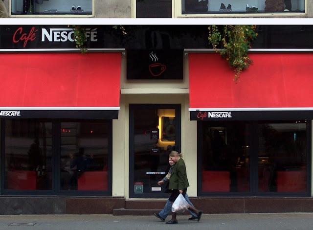 zabytkowa witryna sklepowa w Sanoku