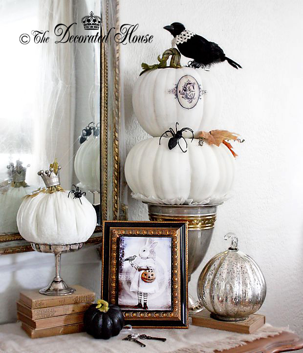 the decorated house halloween decor black and white - Elegant Halloween Decor