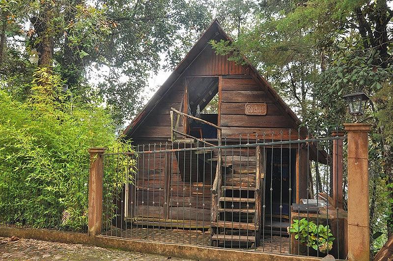 La gallina de la sierra diferentes materiales naturales - Cabanas de madera los pinos ...
