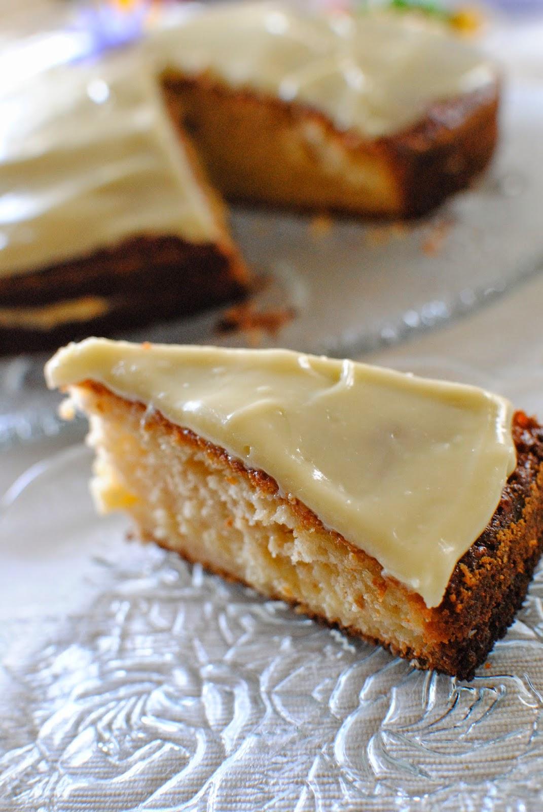 kaka, vaniljkräm, glasyr, påsk, recept, sockerkaka