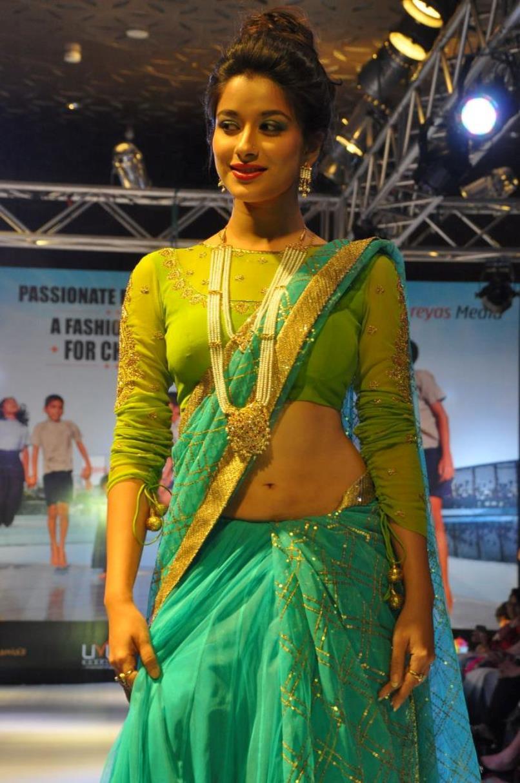 madhurima hot in saree hd group sex