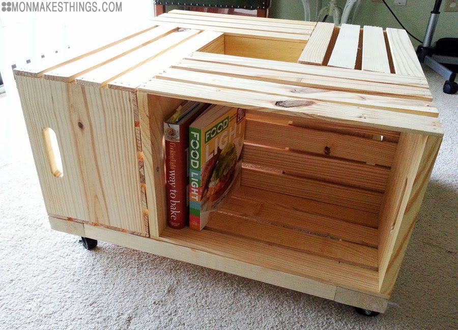 Mon makes things storage ottoman diy for Coffee table made out of wooden crates