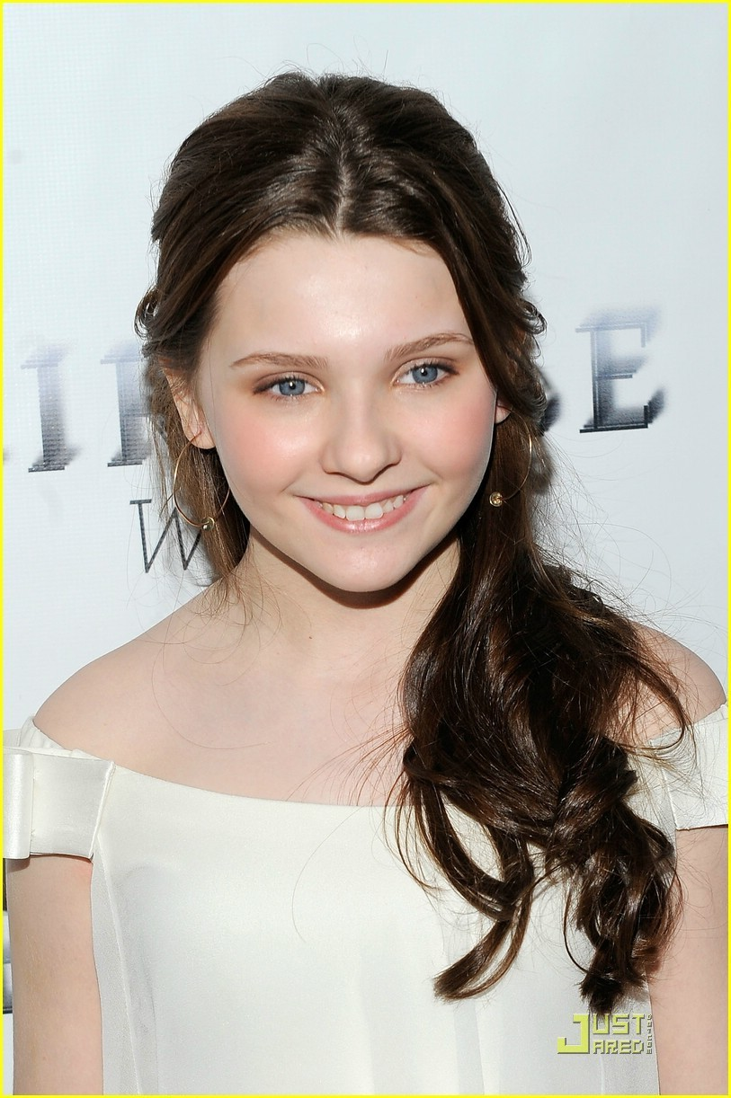 Who Is Abigail Breslin?