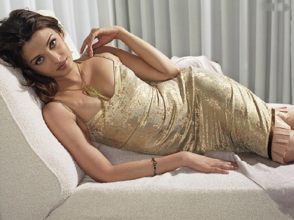 Aishwarya Rai: Aishwarya Rai Sex Pictures and Vidoes