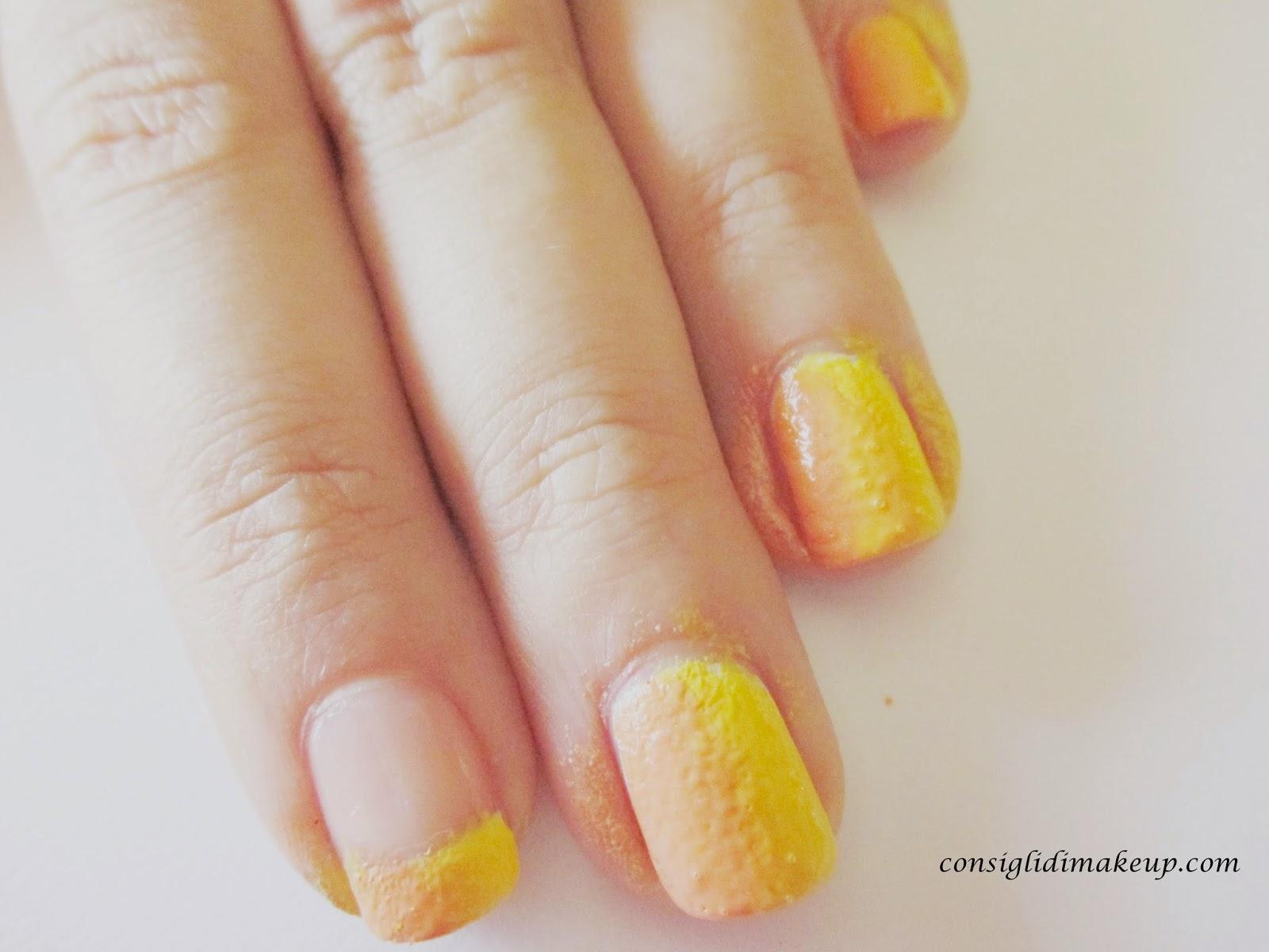nail art due colori