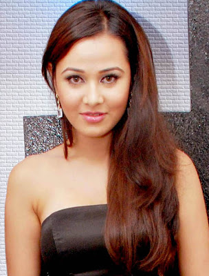 Nisha Kothari foto