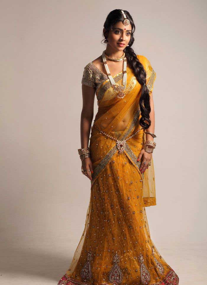 Shriya saran yellow Sari HOT pic - Shriya saran Traditional Saree LATEST PHOTOSHOOT
