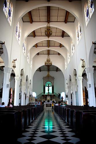 Interior de la Iglesia de Juayúa, Sonsonate