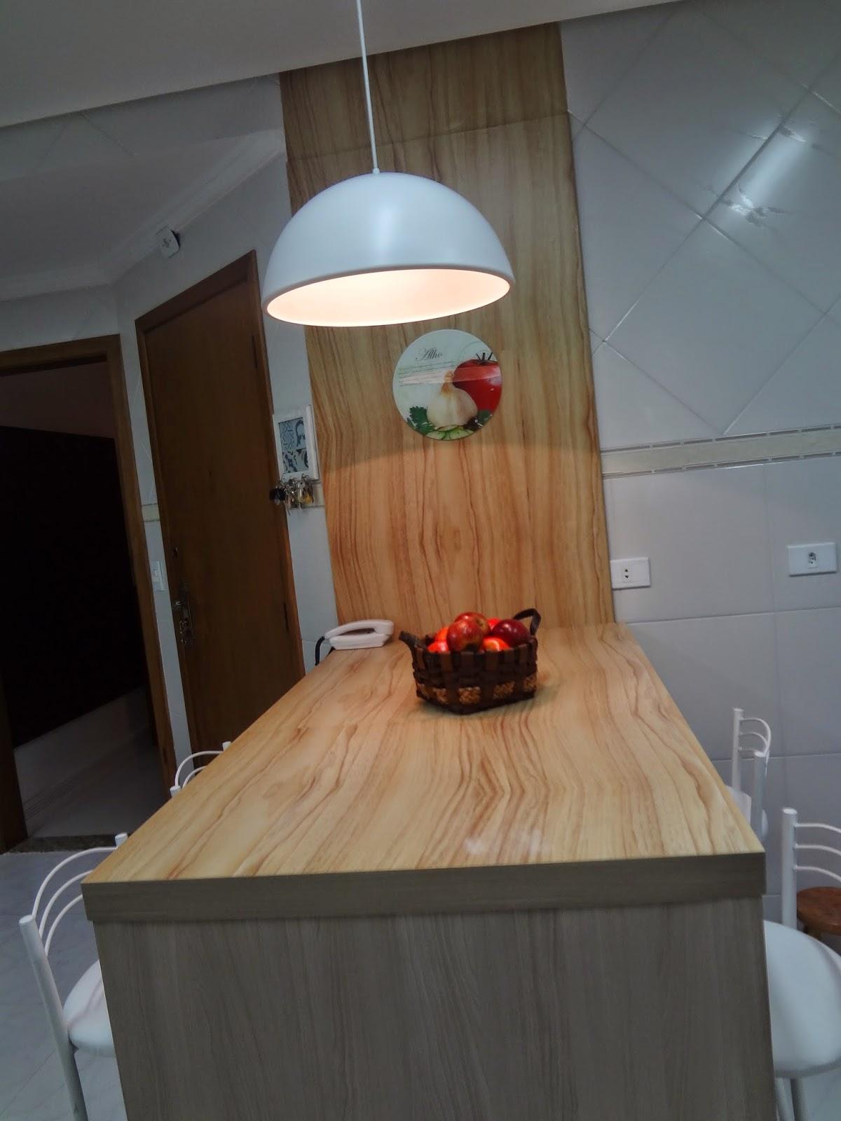 #704830 coloquei madeirinha tb na minha bancada q tá detonadinha  1200x1600 px Melhorias Na Cozinha_457 Imagens
