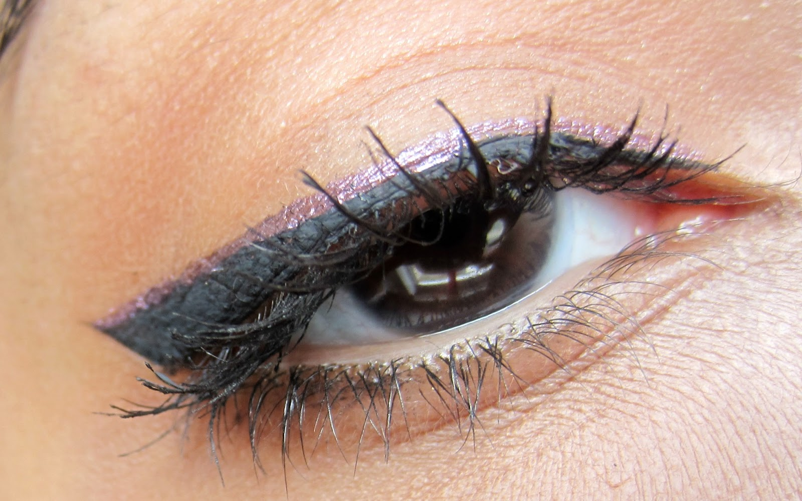 Wet n Wild megaliner eyeliner, clic cosmetics telepatia, mufe smoky extragavant mascara winged eyeliner