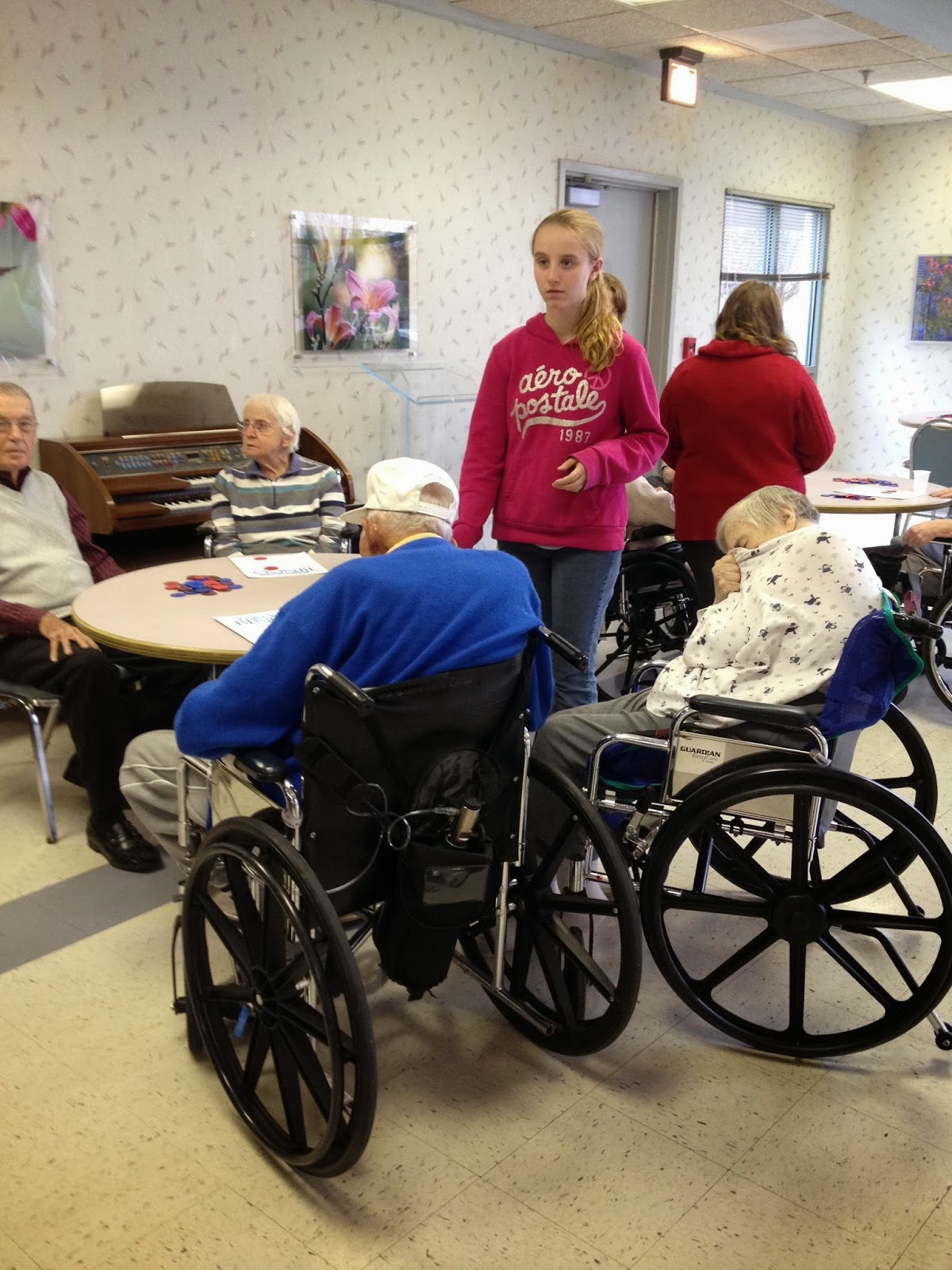Rosewood Middle School ~ Central middle school students visit rosewood nursing home