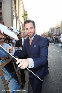 HollywoodJunket@Blogger: Hollywood Premiere Brings-Out Trekkie Style! STAR TREK INTO DARKNESS