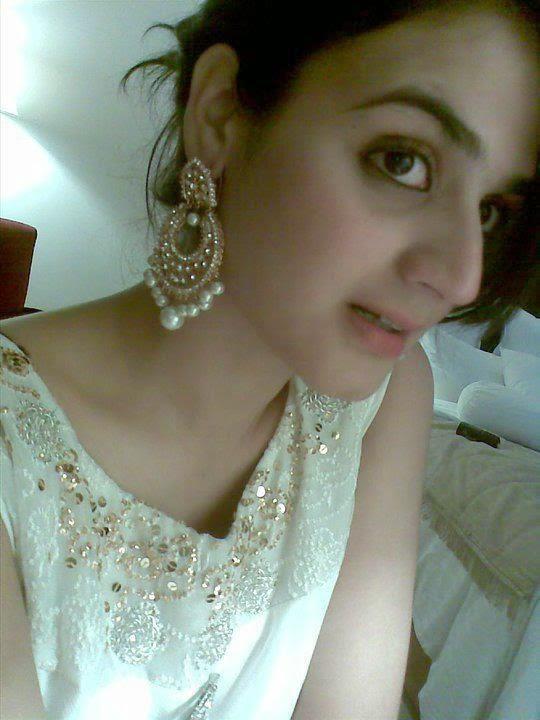 Undress in aishwarya rai photos
