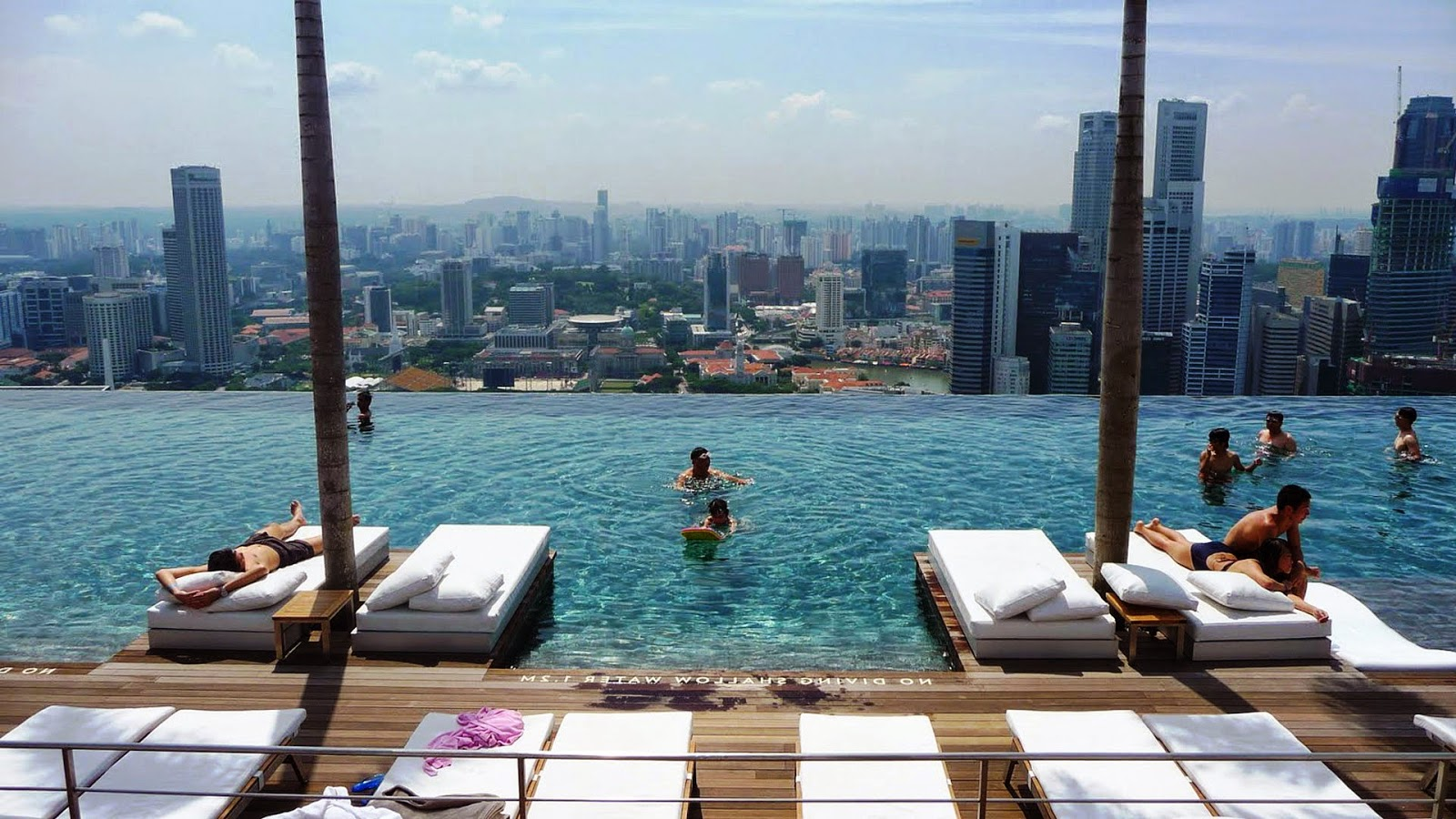 Enjoy the Comfort of Singapore Hotels at Marina Bay