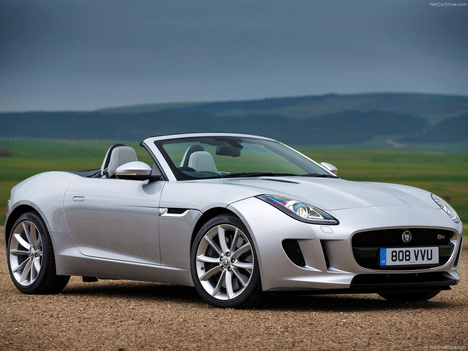 2014 jaguar f type review spec release date picture and price cargers. Black Bedroom Furniture Sets. Home Design Ideas