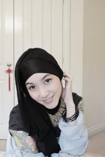 Wanita Foto Hijab Hana Tajima
