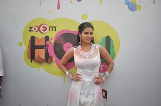 Sunny Leone (2).jpg