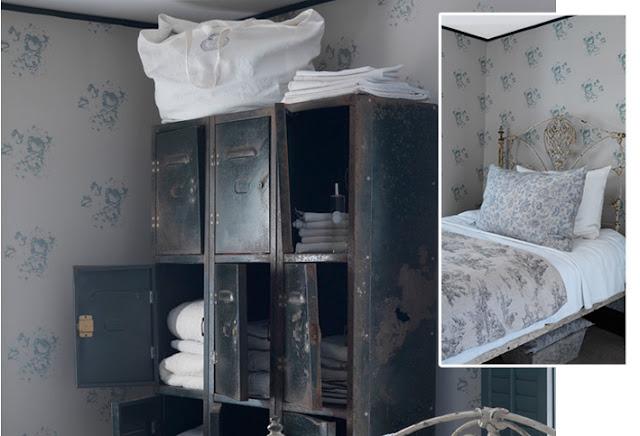 Natural Hatley Blue Wallpaper Bedroom