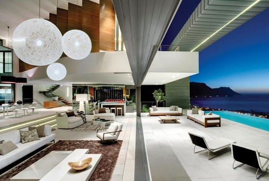 Safari Fusion blog | Ultra-modern and stylish at a private residence overlooking Clifton (Cape Town), South Africa