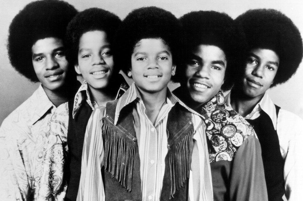 Michael Jackson no grupo Jackson 5  Anos 70 Michael Jackson Jackson 5 Singing