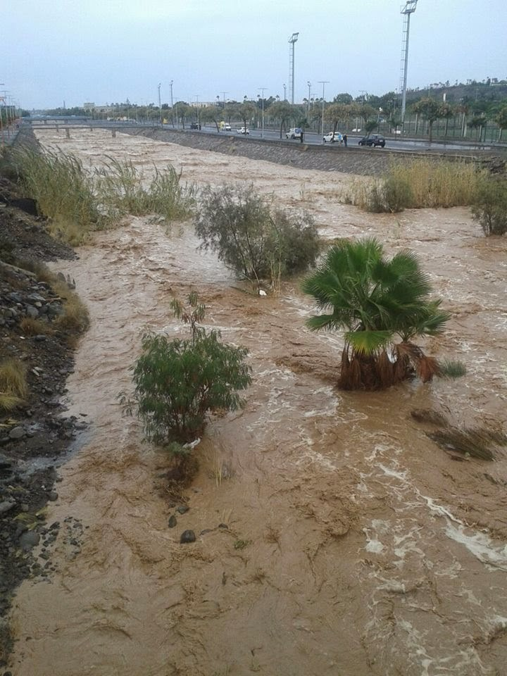 Carreteras cortadas por lluvias Gran canaria, 19 noviembre