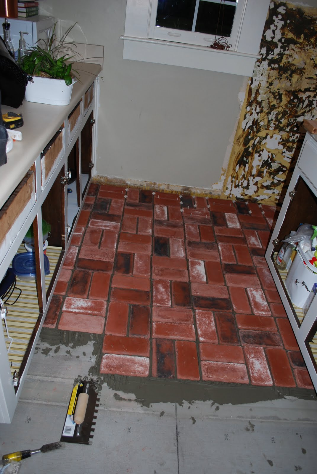Red brick flooring kitchen - Laying The Bricks Was The Easy Part Eric Was The Cutter And I Would Lay Them It Took About 3 Hours We Used A Grey Thinset So If Any Got On The