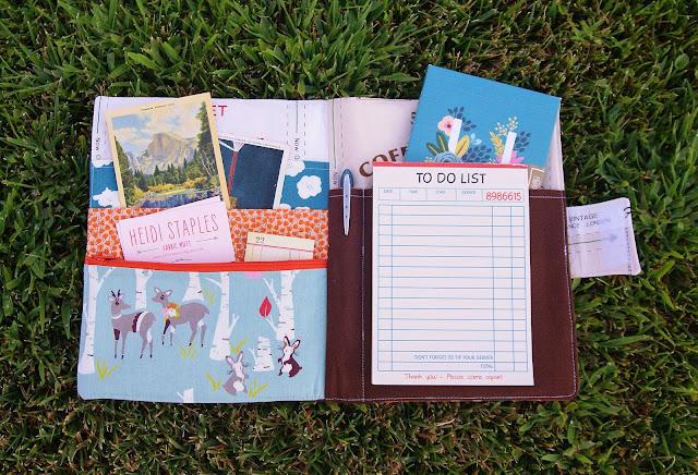 Constance Organizer Tutorial by Heidi Staples of Fabric Mutt
