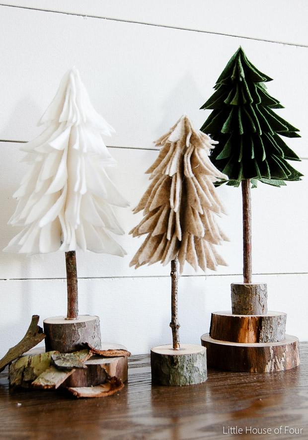 http://www.littlehouseoffour.com/2015/11/diy-rustic-felt-christmas-trees.html#_a5y_p=4722011