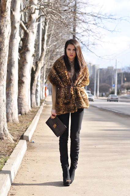 leopard print coat,high heels, black jeans,mini bag, thegoldendiamonds