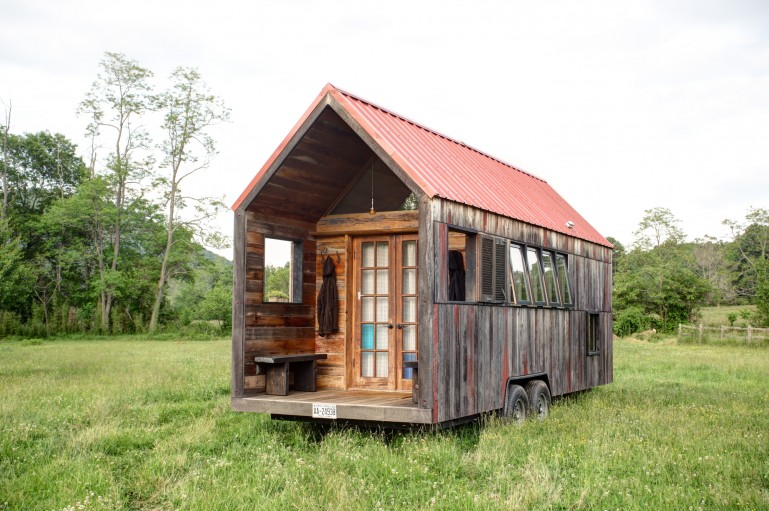 Lloyd S Blog Tiny Home Of Recycled Materials On Trailer