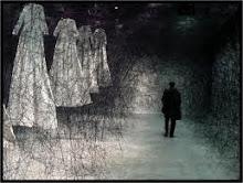 """après le rêve"" Chiharu Shiota"