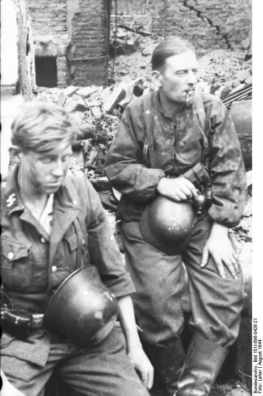 Waffen SS De La 12e Hitlerjungend Prisonniers