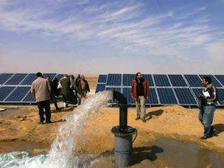 استخراج مياه جوفية بالطاقة الشمسية