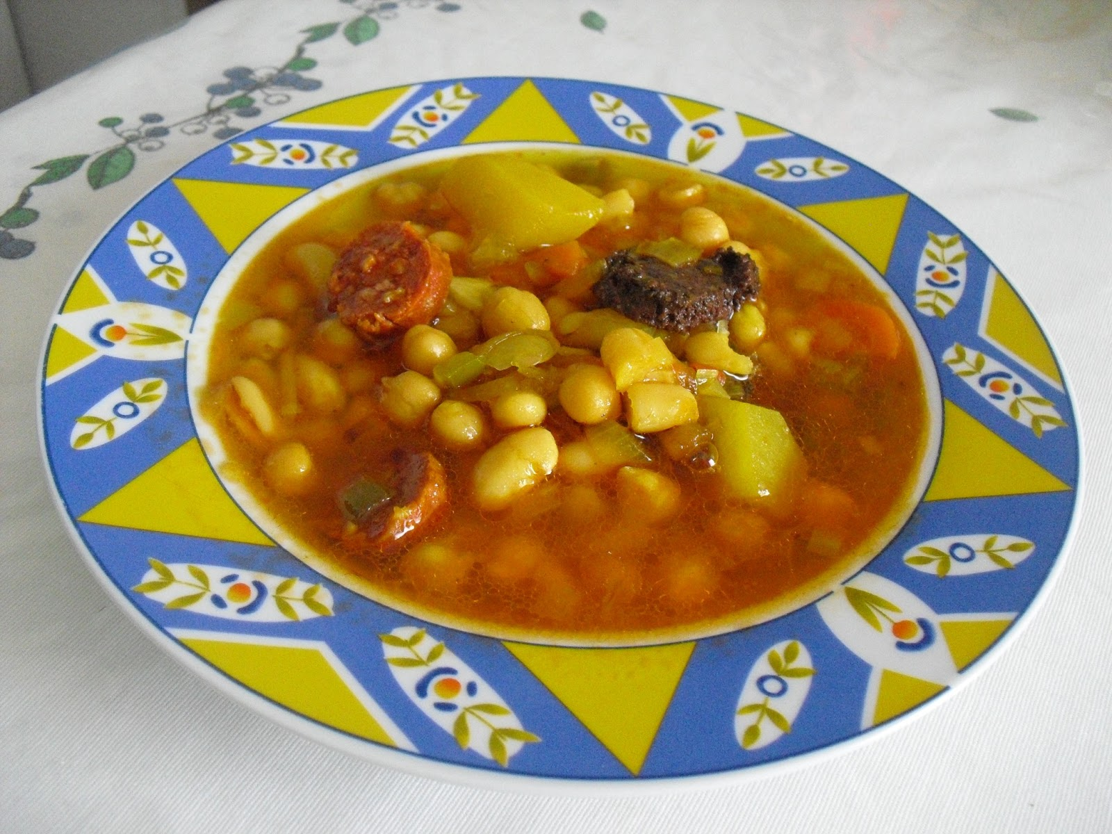 La buena cocina f cil potaje de garbanzos con judias - Potaje de garbanzos y judias ...