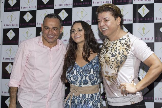 Viviane Araújo , Solange Gomes , David Brazil , Milton Cunha entre outros em pró do Retiro dos Arti