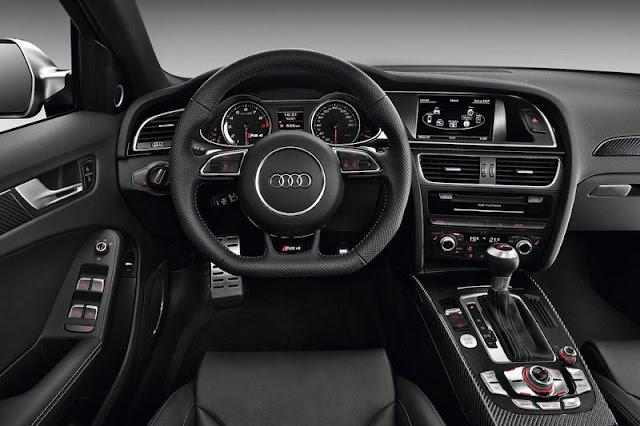 2013 Audi RS4 Avant Front Interior