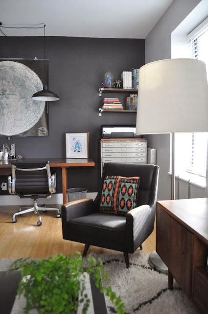 Designklassiker im Mid-Century Design: Eames Alu Chairs von VITRA