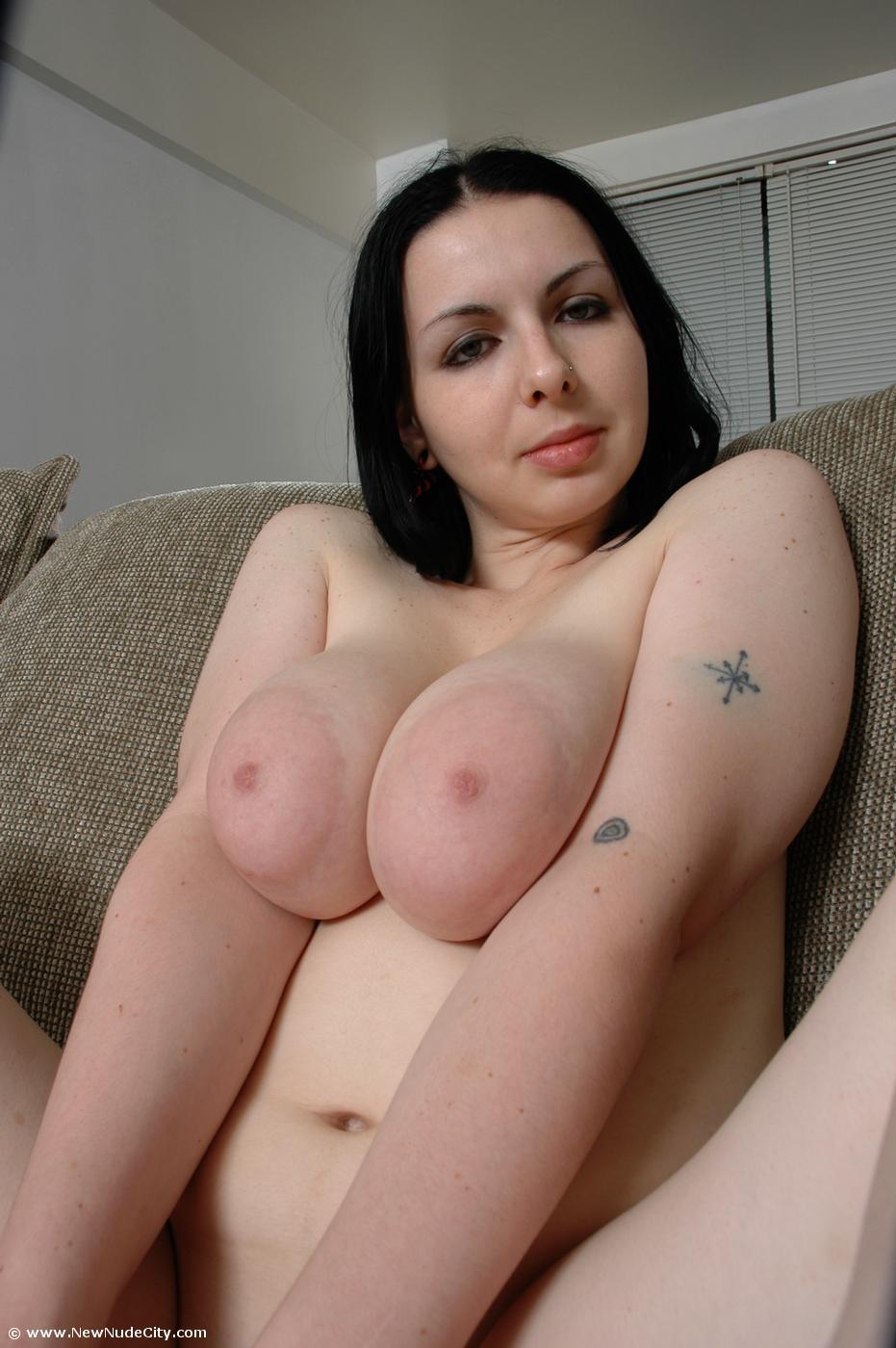 torrie wilson gets naked