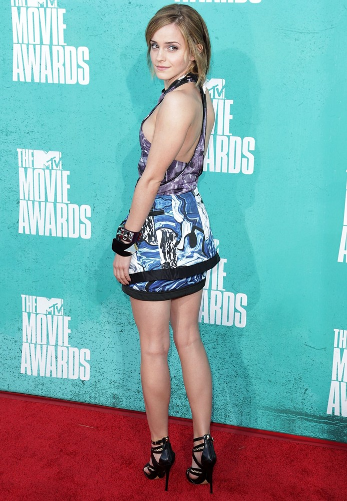 Emma Watson New Photos at Mtv Movie Awards 2012