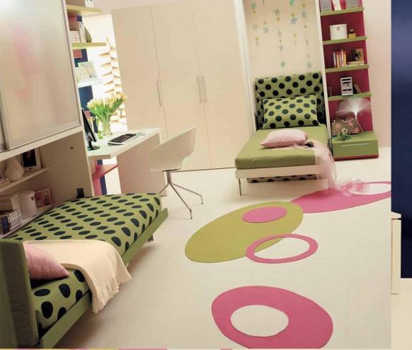 яркий дизайн маленькой комнаты для двух подростков девочек фото